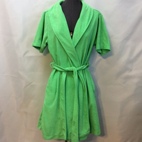 Capelli of New York Other - Capelli Above Knee Robe Green M Tie Belt Terry